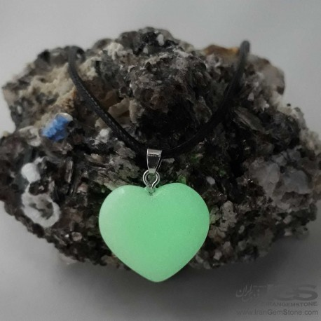 آویز طرح قلب گوهر شب چراغ Phosphorus stone