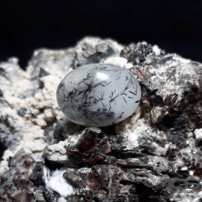 نگین سنگ روتایل تورمالین Rutile Tourmaline