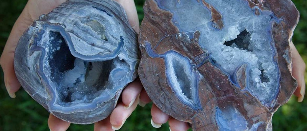 خواص سنگ کالسدونی آبی یا عقیق آبی Blue Chalcedony