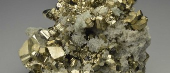 خواص سنگ پیریت Pyrite